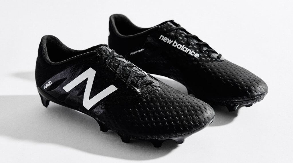 New-Balance-Furon-Blackout-2