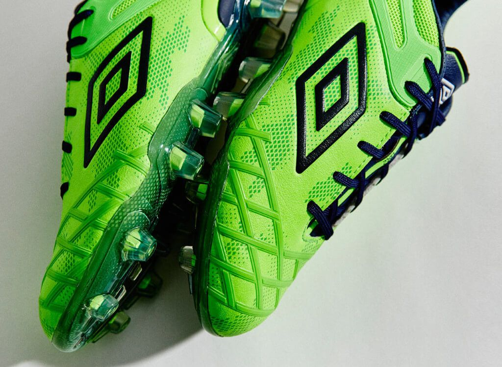 Umbro-UX-2-Green-Gecko-2